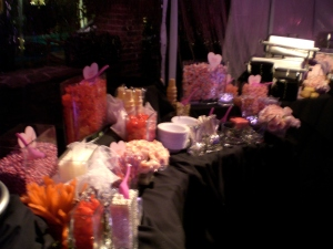 a little something sweet for the tween guests